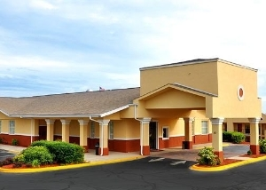 Clarion Inn and Suites Greenville