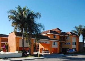Comfort Inn - near Downey Studios