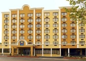 Comfort Inn & Suites New York Avenue