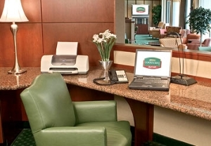 Courtyard by Marriott Raleigh/Cary
