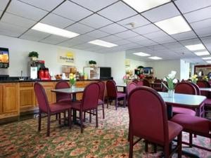 Days Inn of WaukeganGurnee