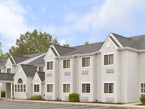 Americas Best Value Inn and Suites Sunbury