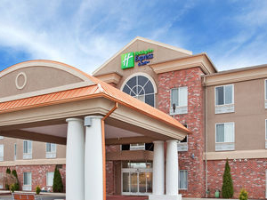 Holiday Inn Express & Suites Farmington