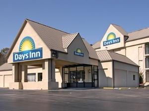 Days Inn Knoxville East/Chilhowee Park/Fairgrounds/Zoo
