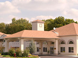 Days Inn and Suites Cherry Hill