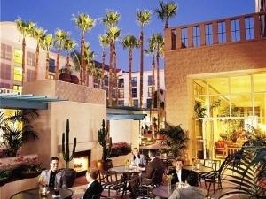 Tempe Mission Palms - Destination Hotels & Resorts