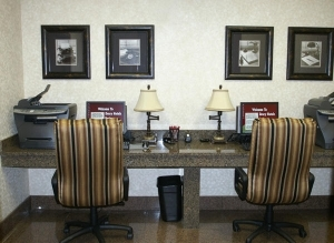 Drury Inn & Suites Near Forest Park