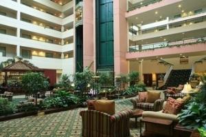 DoubleTree Suites by Hilton Philadelphia West