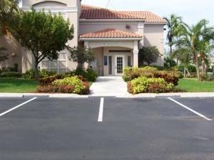 Homestead Boca Raton - Commerce