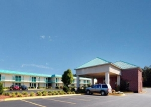 Econo Lodge Inn And Suites Ca