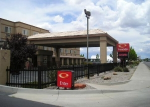 Econo Lodge Inn & Suites Albuquerque Airport
