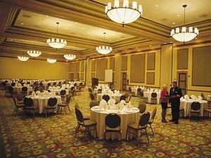 Embassy Suites Dorado del Mar - Beach & Golf Resort