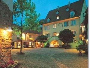 Exclusive A La Cour D Alsace
