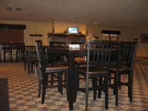 Settle Inn And Suites Fargo