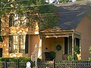 Wise Manor Bed And Breakfast I