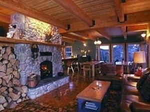 Saddleback Lodge At Apex Mount