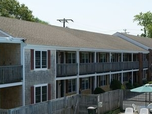 Holiday Hill Motor Inn