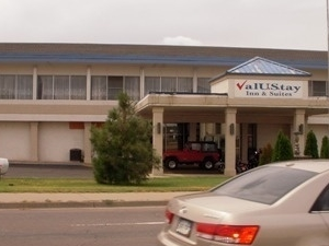 Valustay Inn And Suites