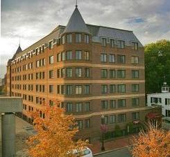 Georgetown Suites Harbour Bdg