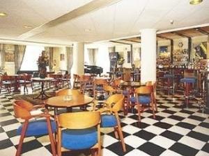 Caspel Hotel
