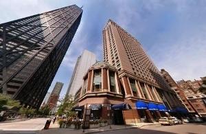 Hilton Suites Chicago Magnificent Mile