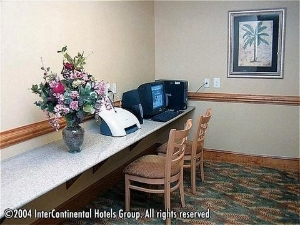 Holiday Inn Express Hotel & Suites Raleigh-Wakefield