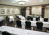 Holiday Inn Express & Suites DFW