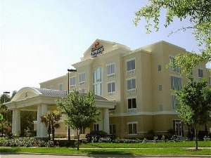 Holiday Inn Express Hotel & Suites Dearborn West