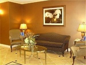 Holiday Inn Express Hotel & Suites Vestal