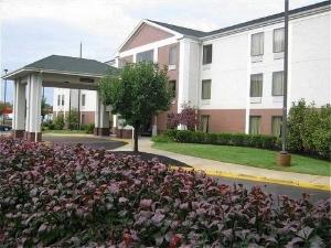 Swans Suites Hotel