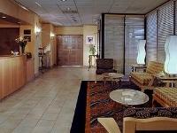 Holiday Inn Exp Montery Bay