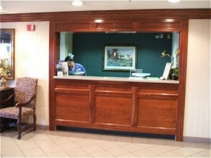 Holiday Inn Express Fort Campbell