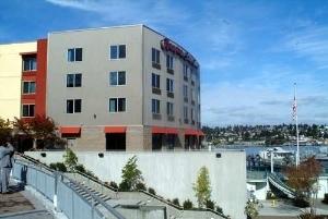 Hampton Inn & Suites Bremerton
