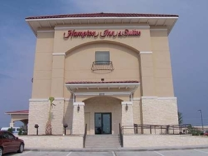 Hampton Inn  Suites Del Rio