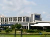 Bridgepointe Hotel And Marina