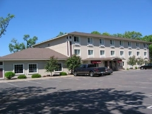Budget Host Inn And Suites and Branch
