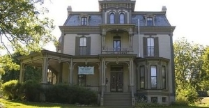 Garth Woodside Mansion Bnb