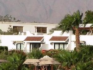 Lotus Bay Resort And Garden