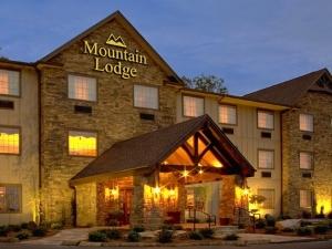 Mountain Lodge Of Flat Rock