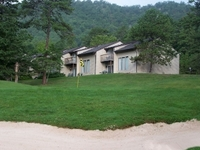 Mountainside Villas At Massanu