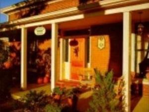 Isaiah Tubbs Resort