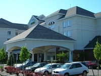 La Quinta Inn Suites Islip