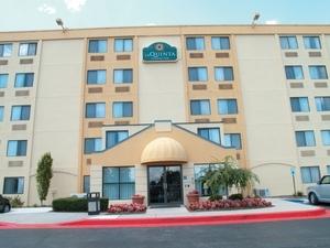 La Quinta Inn & Suites Baltimore North