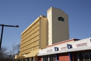 La Quinta Inn & Suites Stamford/New York City