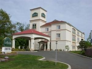 La Quinta Inn & Suites Latham - Albany Airport