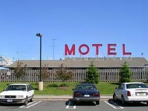 Mayflower Motel Inn