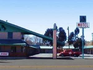 Colt Motel Raton