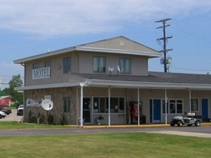 Great Lakes Inn Suites South