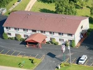 The Redwood Motel