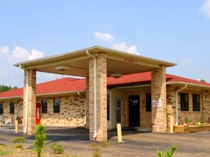 Luxury Inn Suites Forrest City